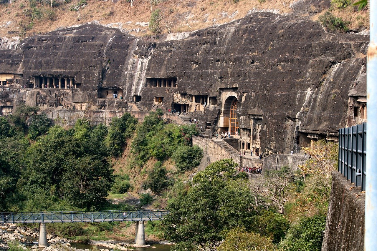 Chronicles of Ajanta Caves from the 2nd century BCE to about 480 CE in Maharashtra