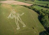 Cerne Abbas Giant may have been carved into hill over 1000 years ago