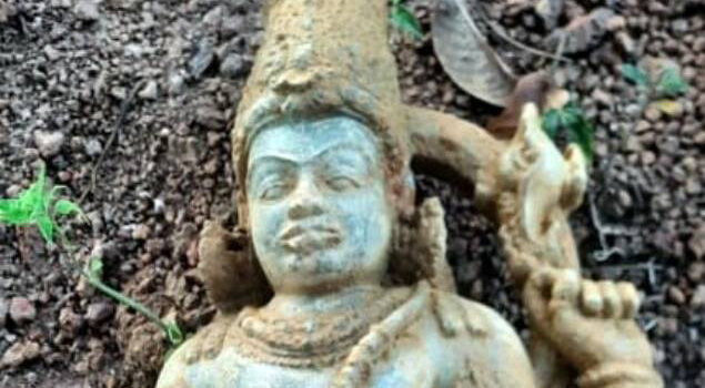 12th-Century Sculpture of Vishnu Unearthed in India