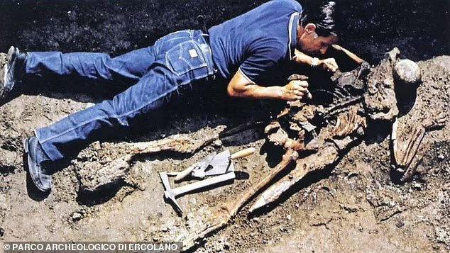Vesuvius ancient eruption rescuer identified at Herculaneum, says, expert