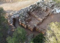 Large Cache of Roman Artifacts from 100 BC Found on Mediterranean Isle