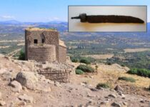 1,300-year-old machete and ax unearthed in Turkey